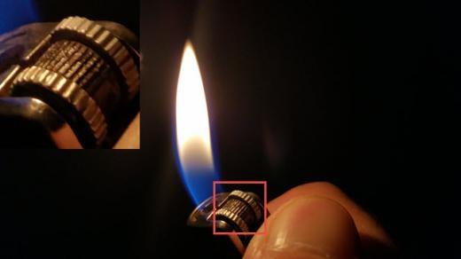/ Galaxy Note 4 của Samsung cũng chụp được chi tiết chiếc bật lửa cực kỳ sắc nét trong bóng tối.
