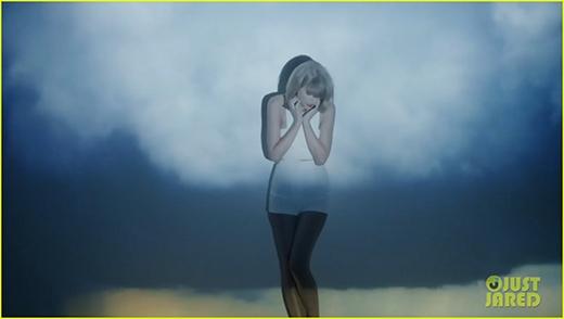 """Taylor Swift tung Mv """"ảo diệu"""" về tình cũ Harry Styles khiến fan """"phát sốt"""""""