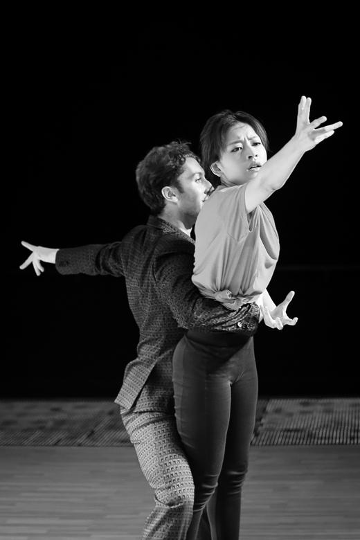 Tuần này, Chi Pu và Georgi sẽ trở thành Deena Jones và ông bầu Curtis của thập niên 60 trong vở nhạc kịch Dream girl. - Tin sao Viet - Tin tuc sao Viet - Scandal sao Viet - Tin tuc cua Sao - Tin cua Sao
