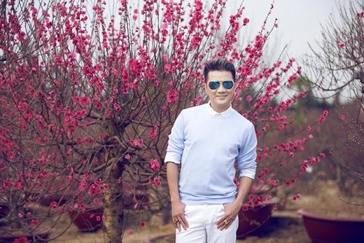 [Tết 2015] Đàm Vĩnh Hưng hào nhoáng giữa rừng hoa ngày Tết - Tin sao Viet - Tin tuc sao Viet - Scandal sao Viet - Tin tuc cua Sao - Tin cua Sao