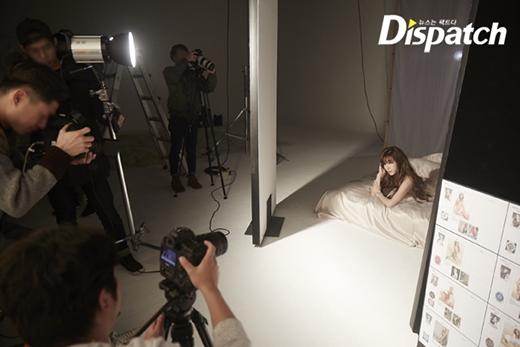 Loạt ảnh hậu trường quảng cáo xinh không tì vết của SNSD