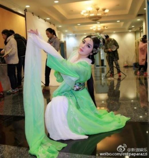 Bị chê quá xấu, Tân Tứ đại mỹ nhân Trung Hoa bị xóa sổ