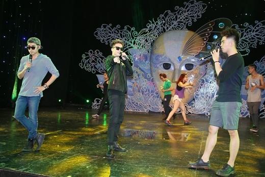 [Tết 2015] Will 365 mặc short nhảy tưng bừng - Tin sao Viet - Tin tuc sao Viet - Scandal sao Viet - Tin tuc cua Sao - Tin cua Sao