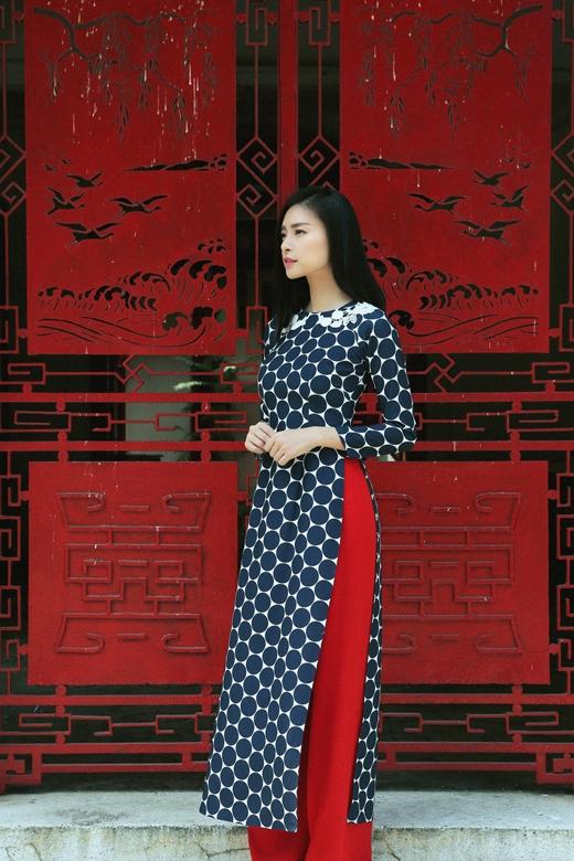 [Tết 2015] Ngô Thanh Vân khoe sắc dịu dàng với áo dài đầu xuân - Tin sao Viet - Tin tuc sao Viet - Scandal sao Viet - Tin tuc cua Sao - Tin cua Sao
