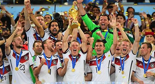 Sau 24 năm, người Đức lại đứng trên đỉnh của bóng đá thế giới
