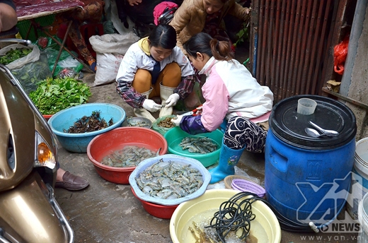 [Tết 2015] Người dân vội vã sắm sửa chợ 30 Tết