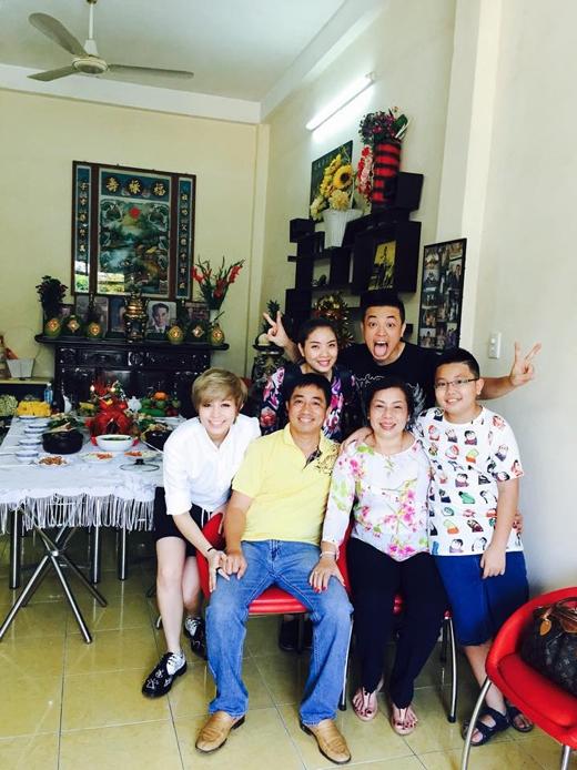 Gil Lê – Đón Tết sum vầy cùng gia đình nhà hủ tiếu!