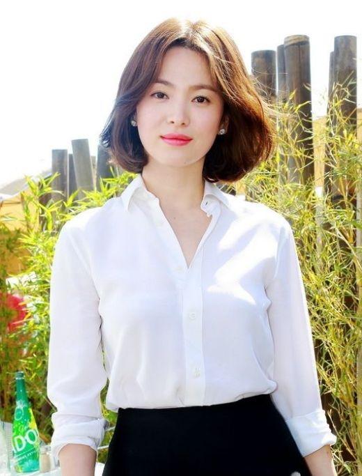 """Sao Hàn và nỗi khổ khi bị người dân quê nhà """"quay lưng"""""""
