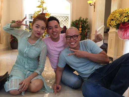"""Minh Hằng đón mùng 2 xanh tươi cùng """"chàng Lố"""" và đạo diễn Vũ Ngọc Đãng."""