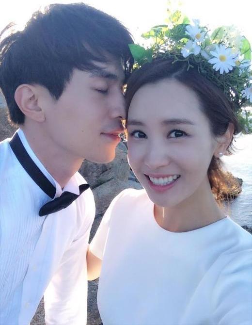 Những cặp đôi U40 đẹp như hoa trên màn ảnh Hàn