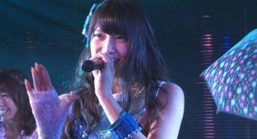 Hai thiên thần của AKB48 lộ sẹo tay đáng sợ sau khi bị chém bằng cưa