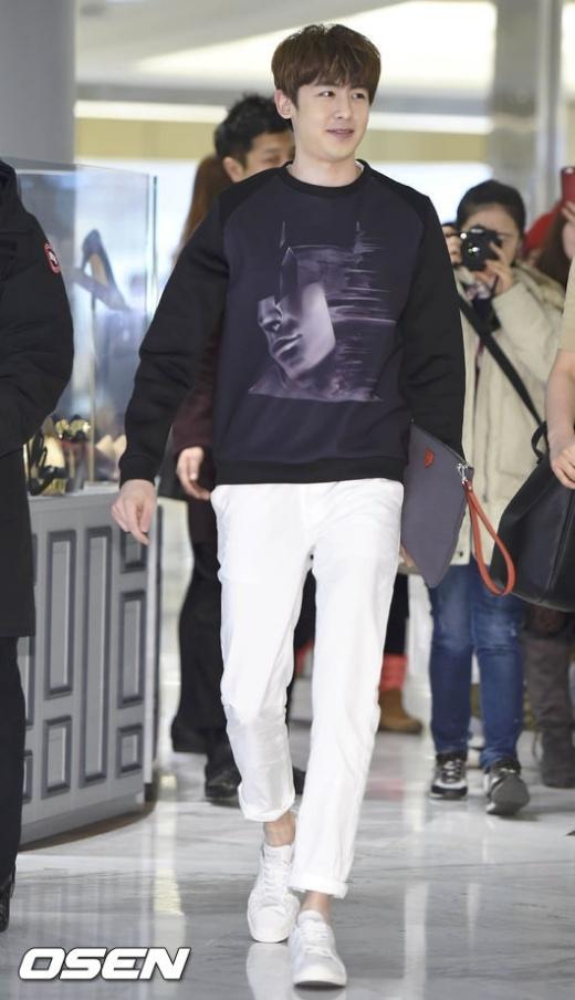 Tài tử của nhóm 2PM gây thất vọng vì gương mặt không như xưa