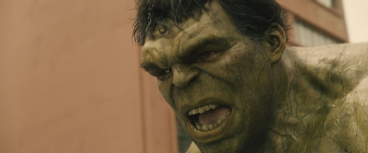 Người khổng lồ xanh Hulk.