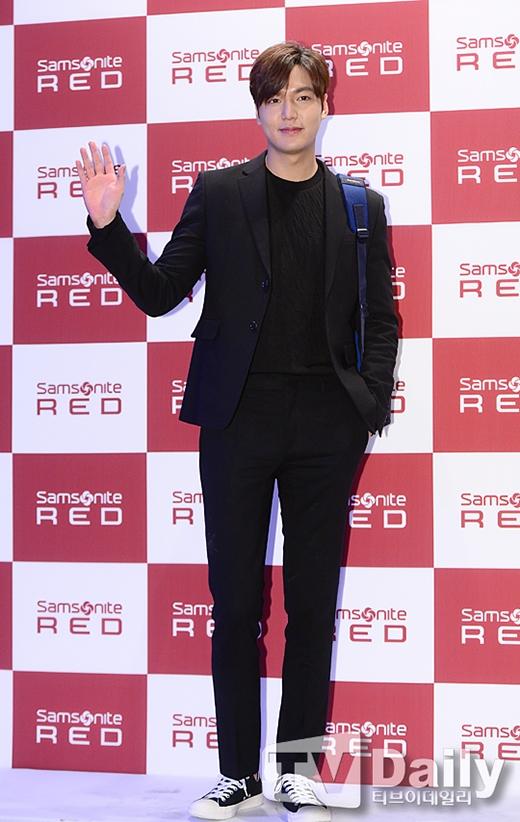 Lee Min Ho đẹp như thần trong sự kiện, hứa hẹn quay lại màn ảnh nhỏ