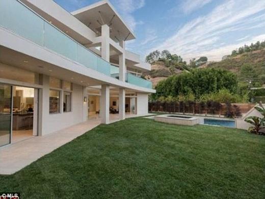 Chán biệt thự, Justin Bieber dọn về nhà mới rẻ hơn một nửa