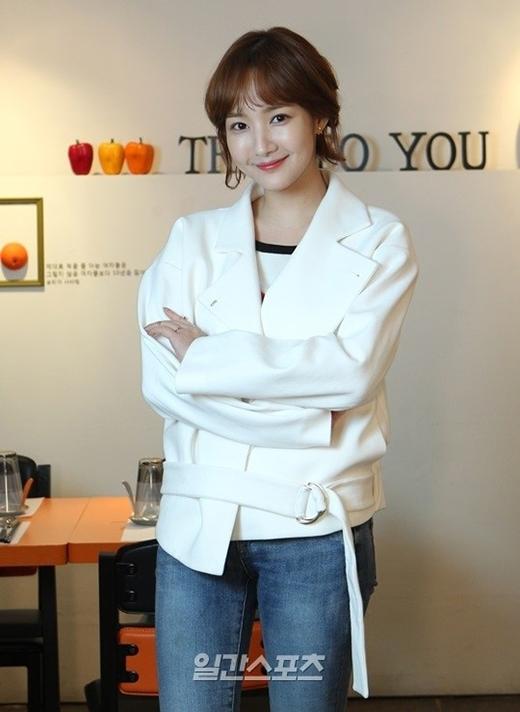 Bạn gái cũ của Lee Min Ho sợ... yêu