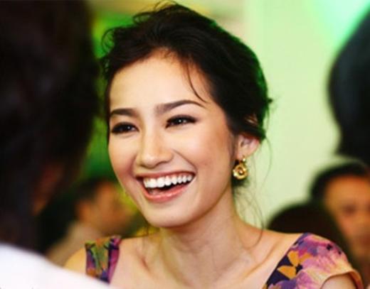 Trúc Diễm luôn góp mặt trong danh sách những mỹ nhân Việt sở hữu nụ cười đẹp nhất. - Tin sao Viet - Tin tuc sao Viet - Scandal sao Viet - Tin tuc cua Sao - Tin cua Sao