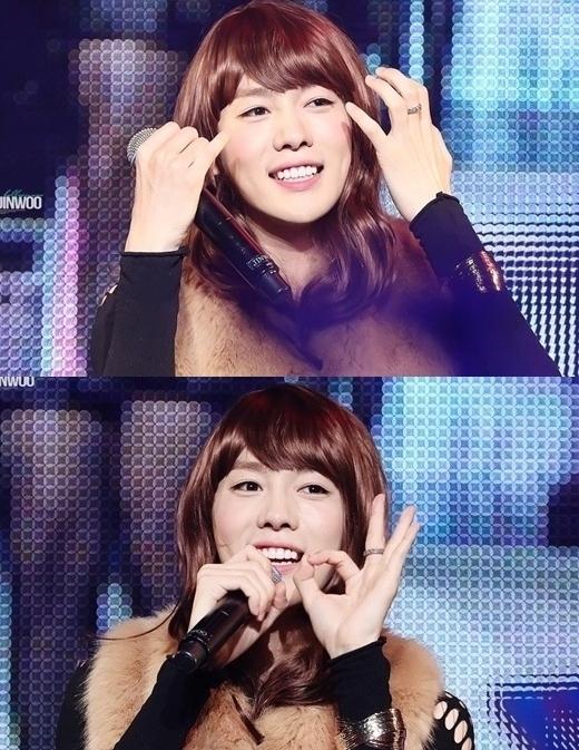 """Jinwoo (Winner)từng khiến các fan """"té ngửa"""" khi bất ngờ hóa thân thành Rachael chảnh chọe trongThe Heirs."""