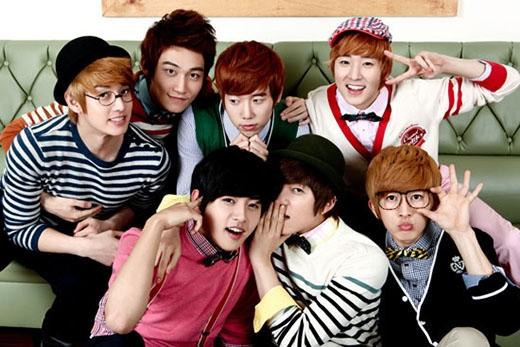 U-KISS với tên đầy đủ là Ubiquitious Korean International Superstar nghĩa là Những ngôi sao Hàn Quốc nổi tiếng trên thế giới.
