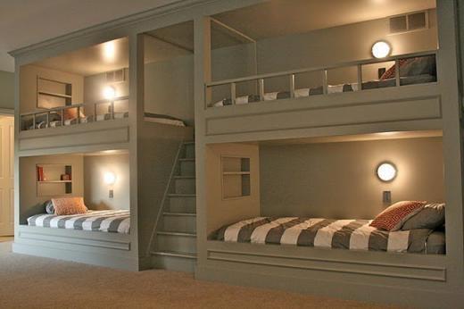 Giường ngủ tiết kiệm không gian dành cho khách