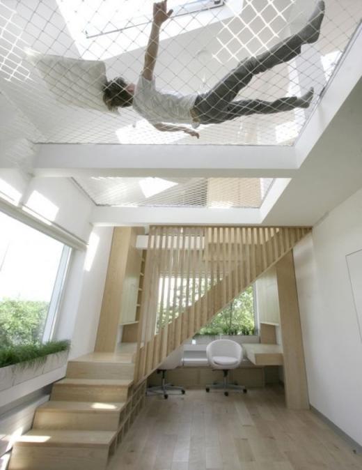 Võng trên trần nhà dành cho việc ngủ trưa