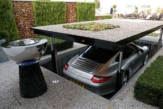 Garage ô tô bí mật có thể nâng lên hạ xuống như trong phim điệp viên