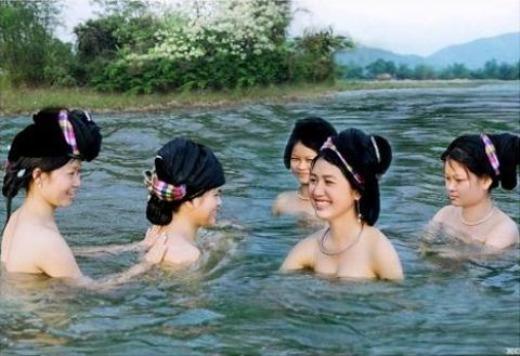 Thú vị phong tục tắm tiên ở các nước trên thế giới