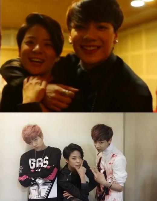 """Ngưỡng mộ tình bạn thân thiết giữa """"gà"""" nhà SM và JYP"""
