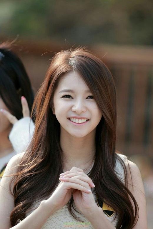 Bí quyết trang điểm cho gương mặt nhỏ gọn như Sao Hàn
