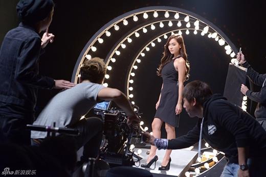 Rời khỏi SNSD, Jessica thừa nhận nhớ sân khấu và khán giả