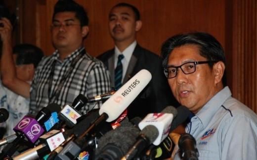 Cuối tháng 1/2015, ông Azharuddin Abdul Rahman, Tổng giám đốc Cơ quan Hàng không Dân dụng Malaysia, chính thức tuyên bố, vụ mất tích của MH370 là tai nạn và toàn bộ 239 người trên máy bay đã thiệt mạng. Ảnh: Malay Mail Online