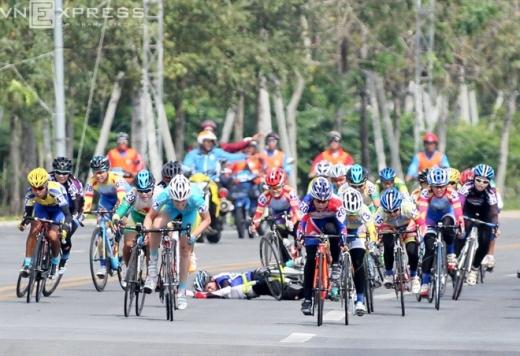 Đua xe đạp đòi hỏi các vận động viên không chỉ có sức khỏe, đam mê mà còn phải có thần kinh thép.