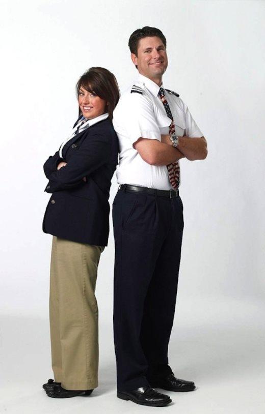 Những đồng phục hàng không gây tranh cãi nảy lửa trên thế giới