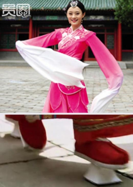 Tôn Lệ mất 1 tháng để múa được trên giày mã đề