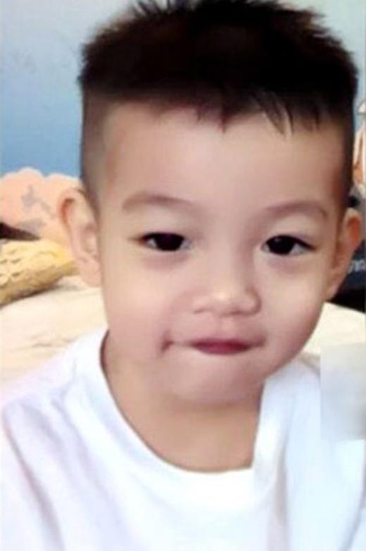 Hình ảnh trọn vẹn gương mặt đầu tiên của Subeo. - Tin sao Viet - Tin tuc sao Viet - Scandal sao Viet - Tin tuc cua Sao - Tin cua Sao
