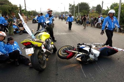 Hiện người điều khiển mô tô gây tai nạn đã bị tam giữ.