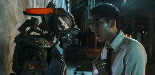 """Chủ đề """"Live your life – Try your best"""" của đêm nhạc được truyền cảm hứng từ khát khao sống mãnh liệt của robot Chappie trong bộ phim cùng tên"""