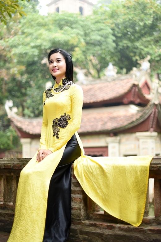 """Á hậu Huyền My """"hóa"""" người con gái xưa trong tà áo dài cổ điển - Tin sao Viet - Tin tuc sao Viet - Scandal sao Viet - Tin tuc cua Sao - Tin cua Sao"""