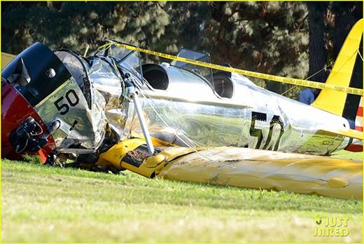 Siêu sao Harrison Ford gặp phải tai nạn rơi trực thăng
