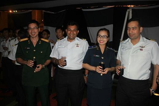 Bông hồng của Bộ tư lệnh Cảnh sát biển Việt Nam tỏa sáng giữa bạn bè quốc tế.
