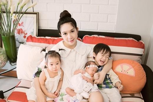 Minh Hà chính là người chịu trách nhiệm stylish cho 3 nhóc tỳ của mình. - Tin sao Viet - Tin tuc sao Viet - Scandal sao Viet - Tin tuc cua Sao - Tin cua Sao