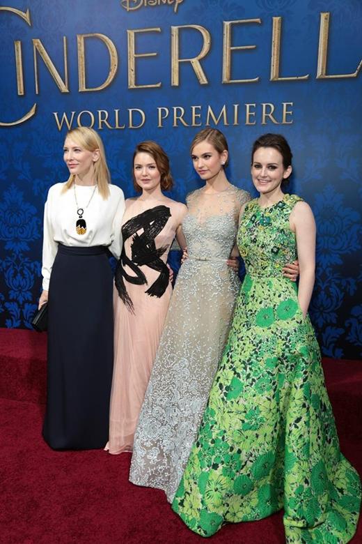 Từ trái qua: Cate Blanchett, Holliday Grainger, Lily James và Sophie McShera.