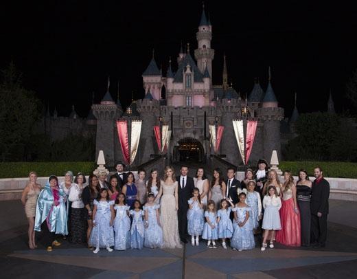 Buổi công chiếu đặc biệt tại Disneyland đa phần dành cho các fan nhí nhỏ tuổi.