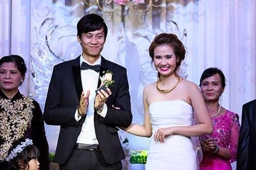 Đám cưới của cô và bạn trai chính là kết quả của mối tình 5 năm tuyệt đẹp. Những ai yêu mến cặp đôi này chắc hẳn sẽ tự hỏi họ có kế hoạch gì cho ngày 8/3 sắp tới này. - Tin sao Viet - Tin tuc sao Viet - Scandal sao Viet - Tin tuc cua Sao - Tin cua Sao