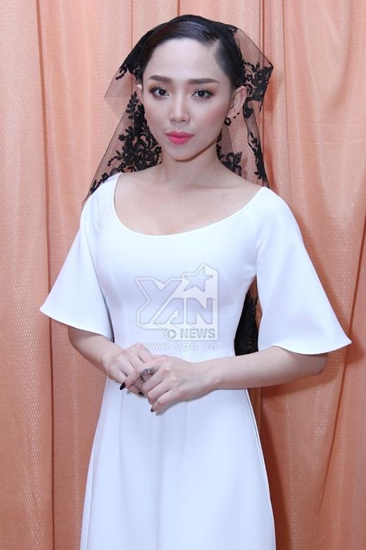 NSƯT Thành Lộc: Tóc Tiên là một cô ca sĩ trẻ có chí cầu tiến - Tin sao Viet - Tin tuc sao Viet - Scandal sao Viet - Tin tuc cua Sao - Tin cua Sao