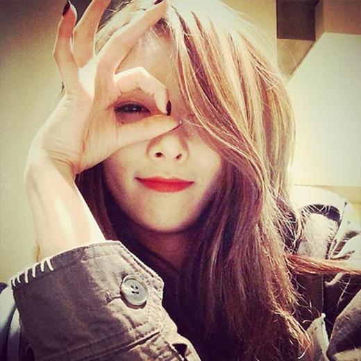 HyunA khoe hình siêu đáng yêu chiêu đãi fan.