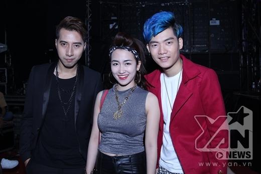 Chụp ảnh cùng Only C và Addy Trần