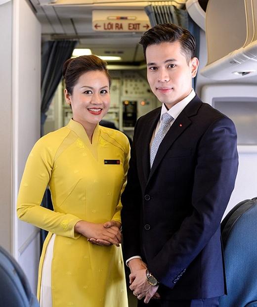 Hành khách nước ngoài khen ngợi đồng phục mới của Vietnam Airlines