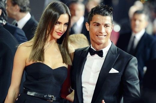 Trong các bài phỏng vấn gần đây, Irina liên tục nhắc tới hai từ chung thủy và chân thành, ngầm ám chỉ C. Ronaldo lừa dối mình.