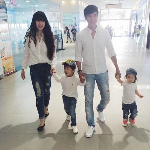 Mê mệt với style ton - sur – ton đáng yêu của gia đình Lý Hải - Tin sao Viet - Tin tuc sao Viet - Scandal sao Viet - Tin tuc cua Sao - Tin cua Sao